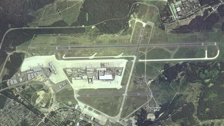 Foto Bandara di Cologne Bonn  Porz