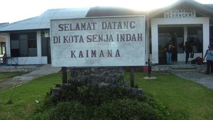 Foto Bandara di Utarom Kaimana