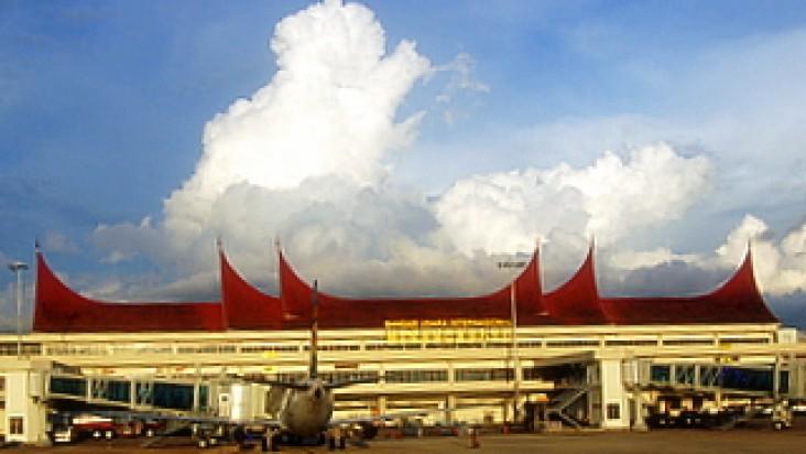 Foto Bandara di Minangkabau Padang