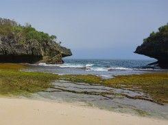 Pantai Sedahan Gunung Kidul