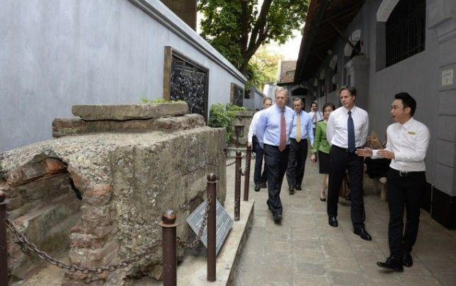 Admission to Hoa Lo Prison Museum