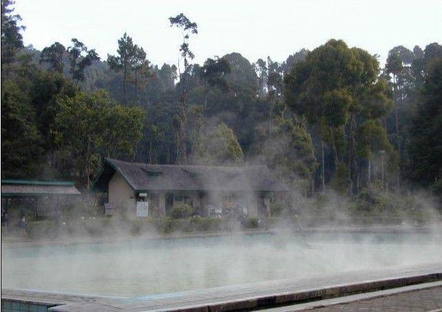 Pemandian air panas Cimanggu