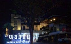 De Wahyu Hotel & Convention