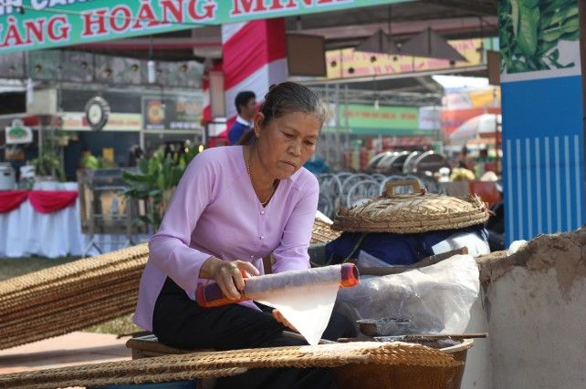 Full-day Cai River Cruise Experience with Lunch