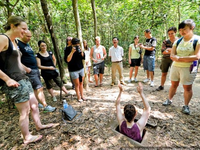Full-day Tour to Saigon's Historical Landmarks with Cu Chi Tunnel