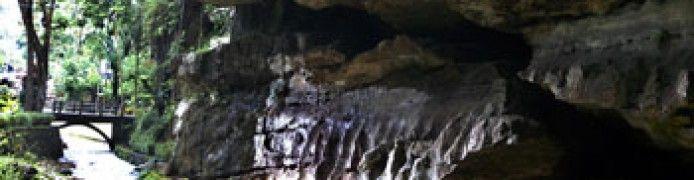 Putri Cave