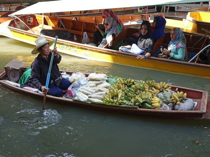 harga tiket Half Day Maeklong Railway Market and Damnoen Saduak Floating Market Private Tour