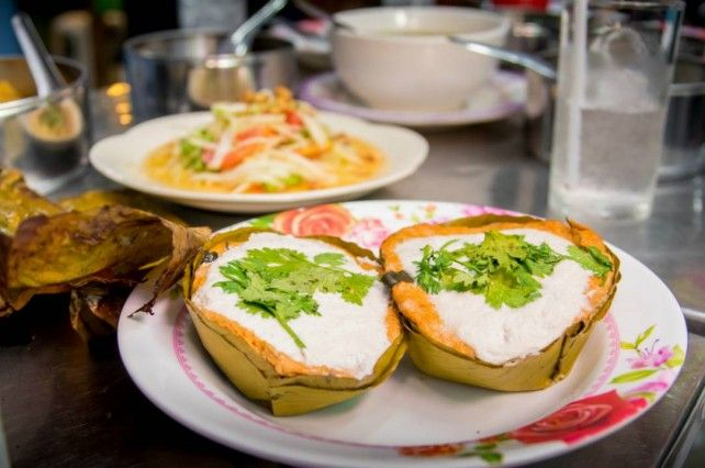 Half-day Chiang Mai Join-in Food Adventure on a Bicycle in Evening