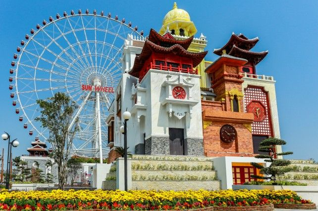 Half-day Sun Wheel and Boat Ride Experience along Han River with Dinner