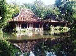 Imah Seniman Resort