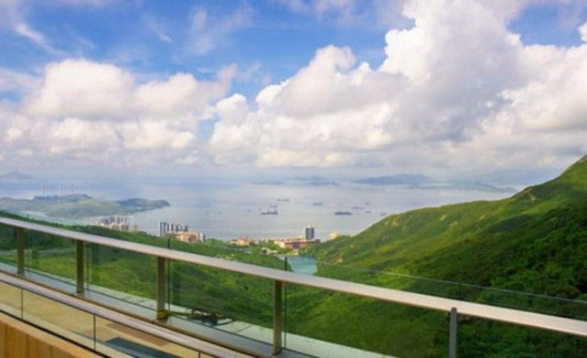 Peak Tram Roundtrip Pass with Sky Terrace 428 Admission (Fast Track)