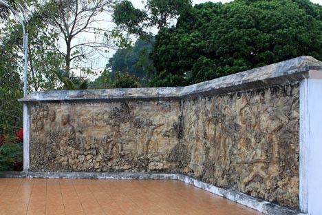Makam DR Sam Ratulangi Minahasa