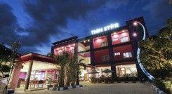 Twin Star Hotel Solo