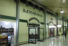 Objek Wisata Stasiun Semarang Tawang