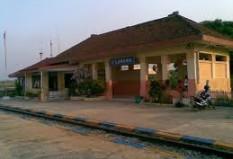 Objek Wisata Stasiun Waruduwur